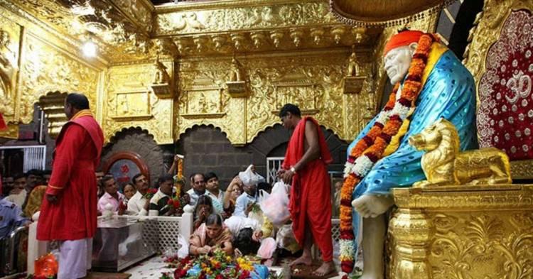 சீரடி சாய்பாபா கோவிலுக்கு நாகரிகமாக உடை அணிந்து வர பக்தர்களுக்கு கோரிக்கை